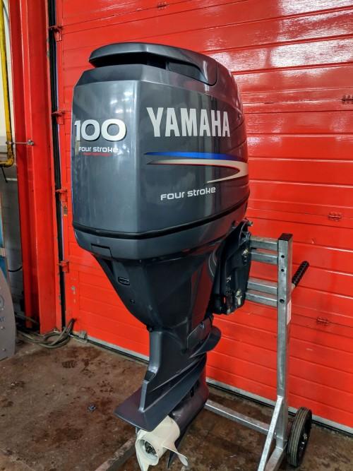 Used Yamaha F100